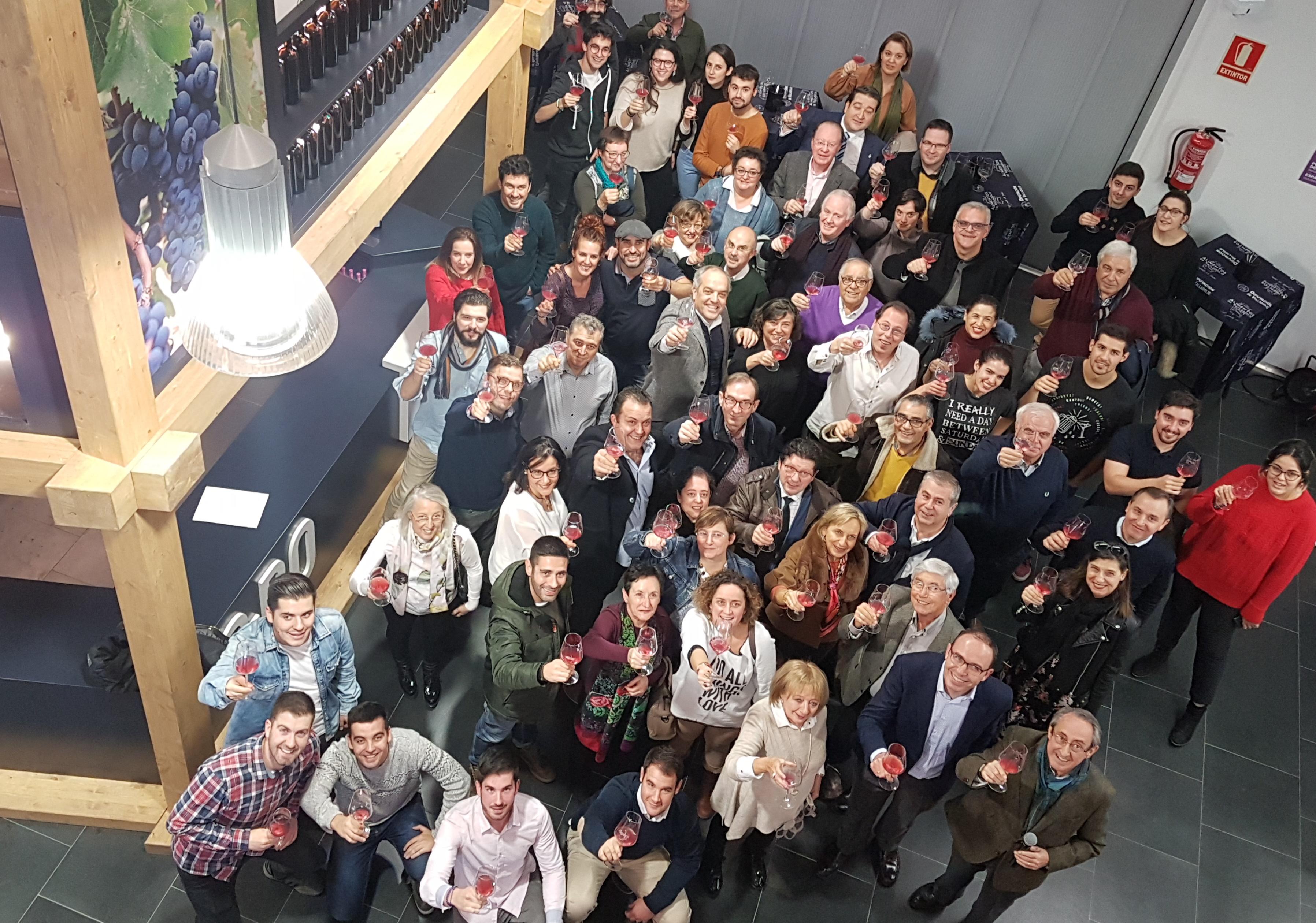 BRINDIS COLECTIVO POR LA NUEVA AÑADA DE LA DO CIGALES